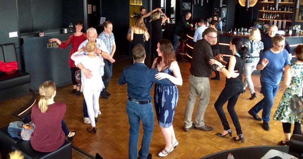 Impressionen aus der Tanzschule Los Salseros, Flensburg